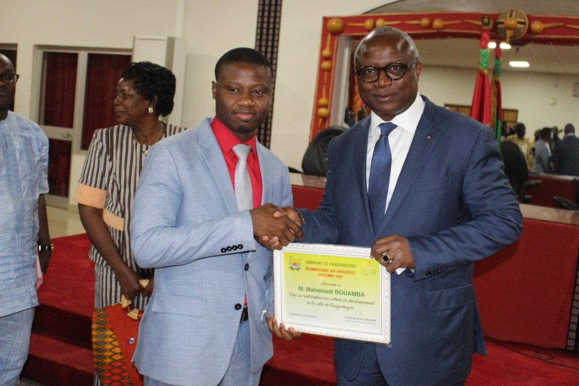 BeoogoLAB faite entreprise citoyenne par le Conseil Municipal de Ouagadougou